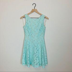Mint Floral Lace Fit & Flare Dress Sz 3 Speechless